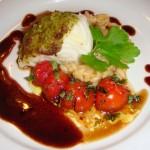 Steinbit med risotto, tomater og rødvinssaus