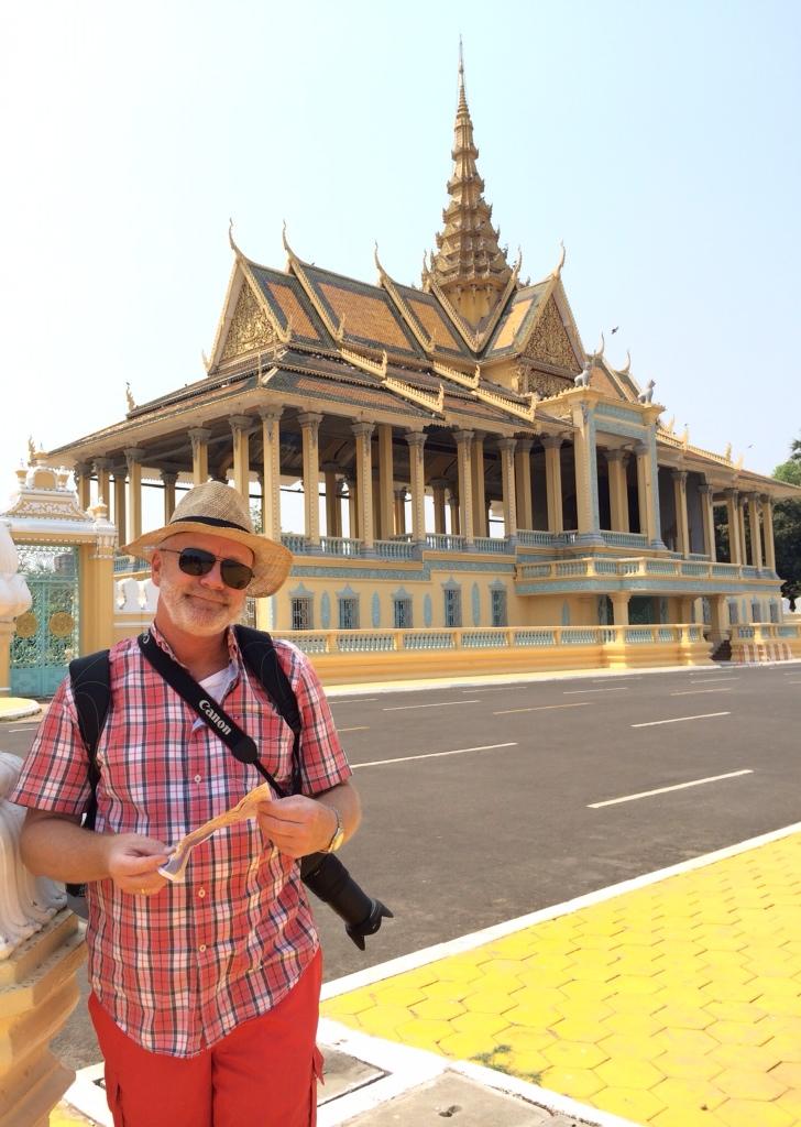 Phnom Penh – kontrastenes by