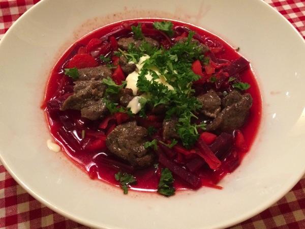 Borsjtsj – russisk rødbetsuppe