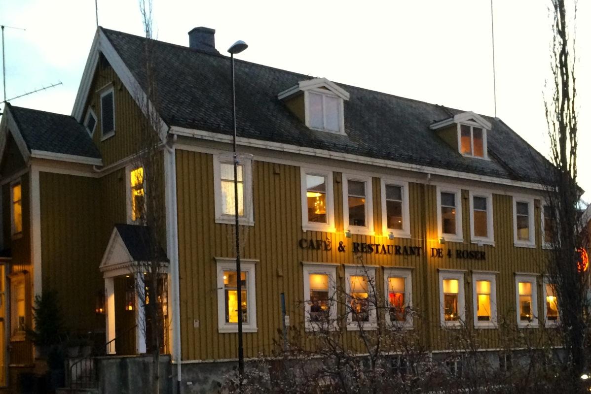 De 4 Roser- beste restaurant i Harstad