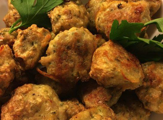 Kyllingkjøttboller med urter