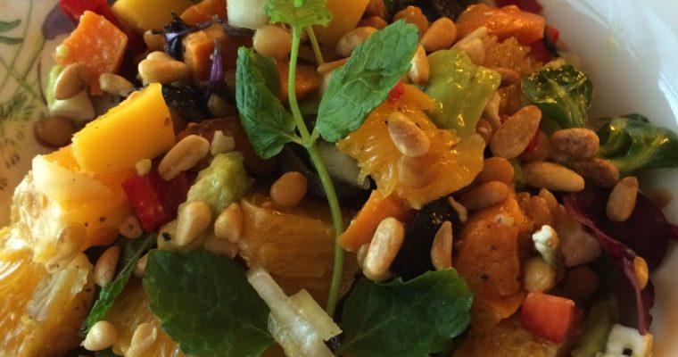 Salat med søtpoteter , mango og linser