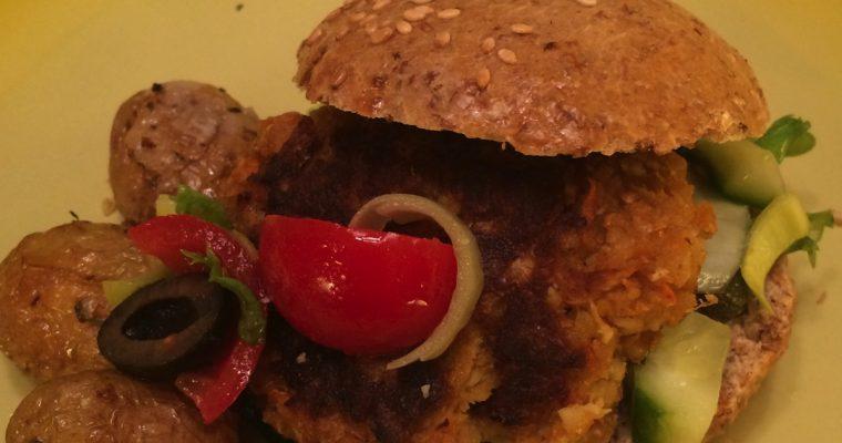 Vegetarburger med kikerter og grønnål