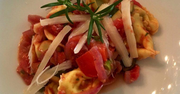 Tortellini med deilige grønnsaker